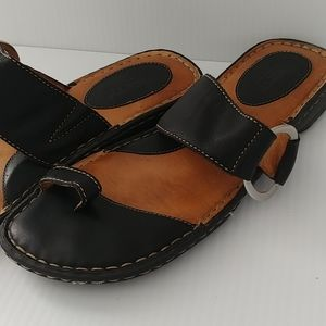 Born | sandals | size 10M / EU 42